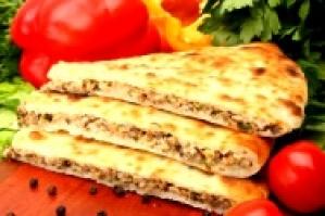 Осетинский пирог с фасолью и грецким орехом